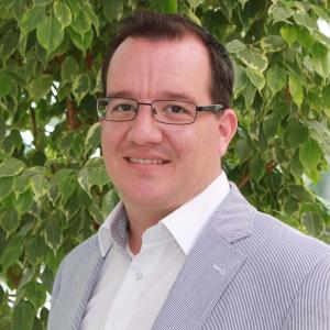 Dr. Florian Aubke